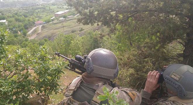 Lice ve Kulp'ta PKK'ye ait 8 sığınak tahrip edildi