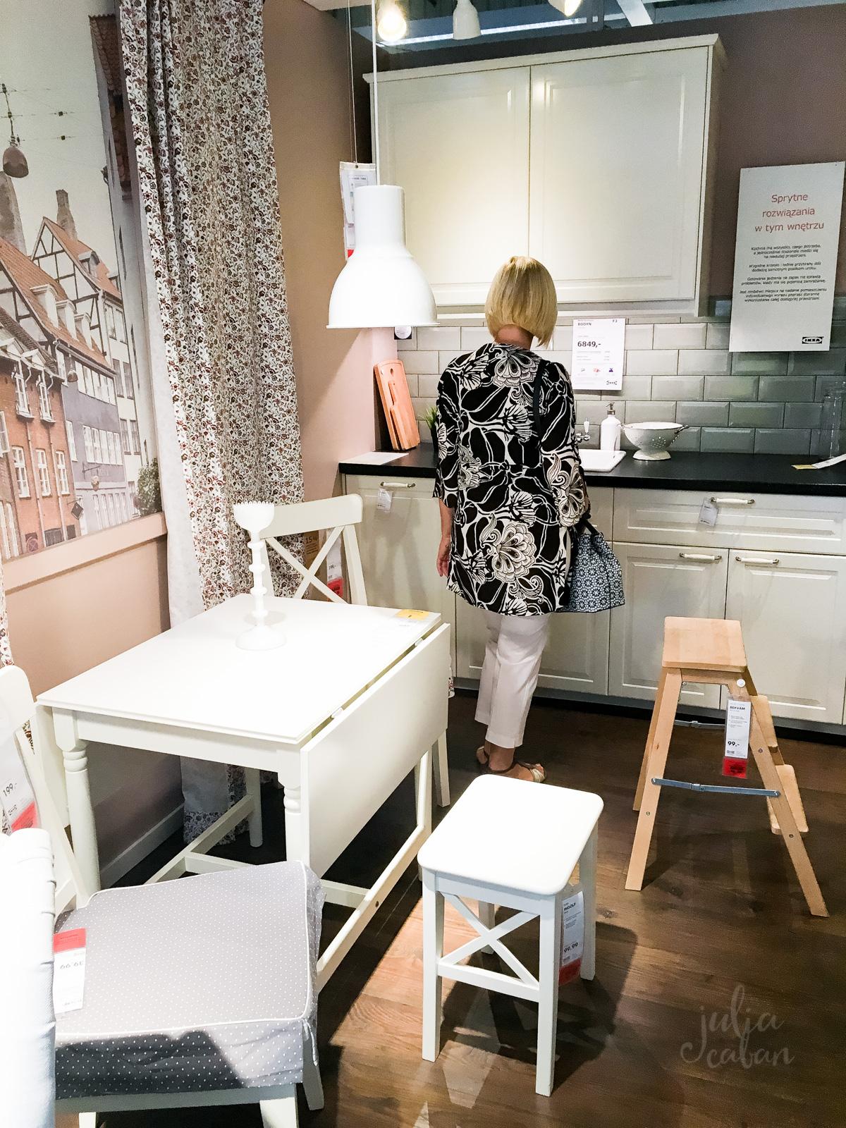 09 01 2016 10 01 2016 julia caban. Black Bedroom Furniture Sets. Home Design Ideas