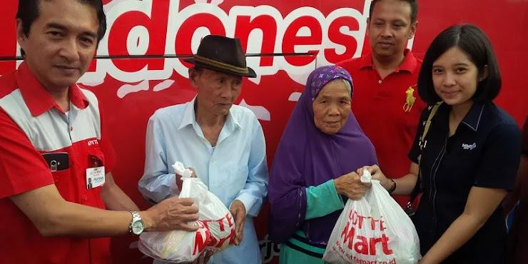 MNC Group dan Lottemart Bagikan 1000 Sembako di Bandung