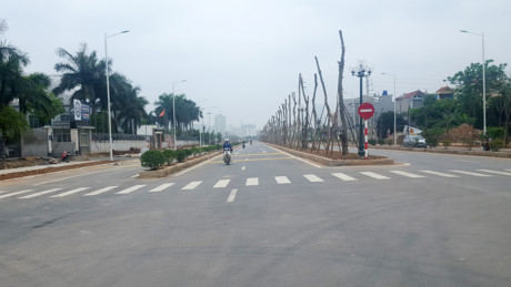 thông xe đường Trần Hữu Dực
