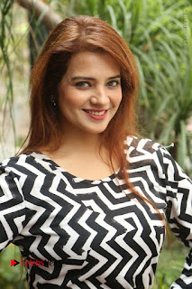 Actress Saloni Latest Pos in Short Dress  0001.JPG