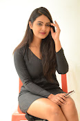 Neha deshpande new sizzling pics-thumbnail-6