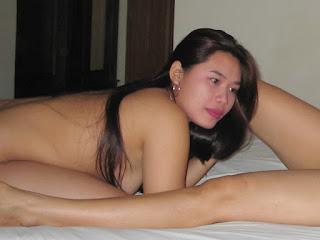 Janda Lesbian STW Mesum di hotel melati