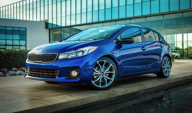 2017 Kia Forte5 hatchback blue