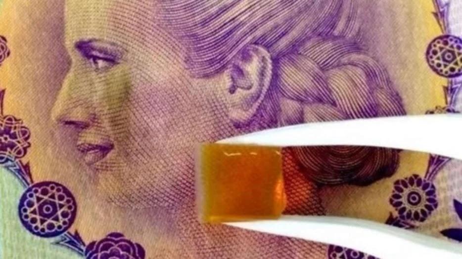 Billetes de 100 con cocaína