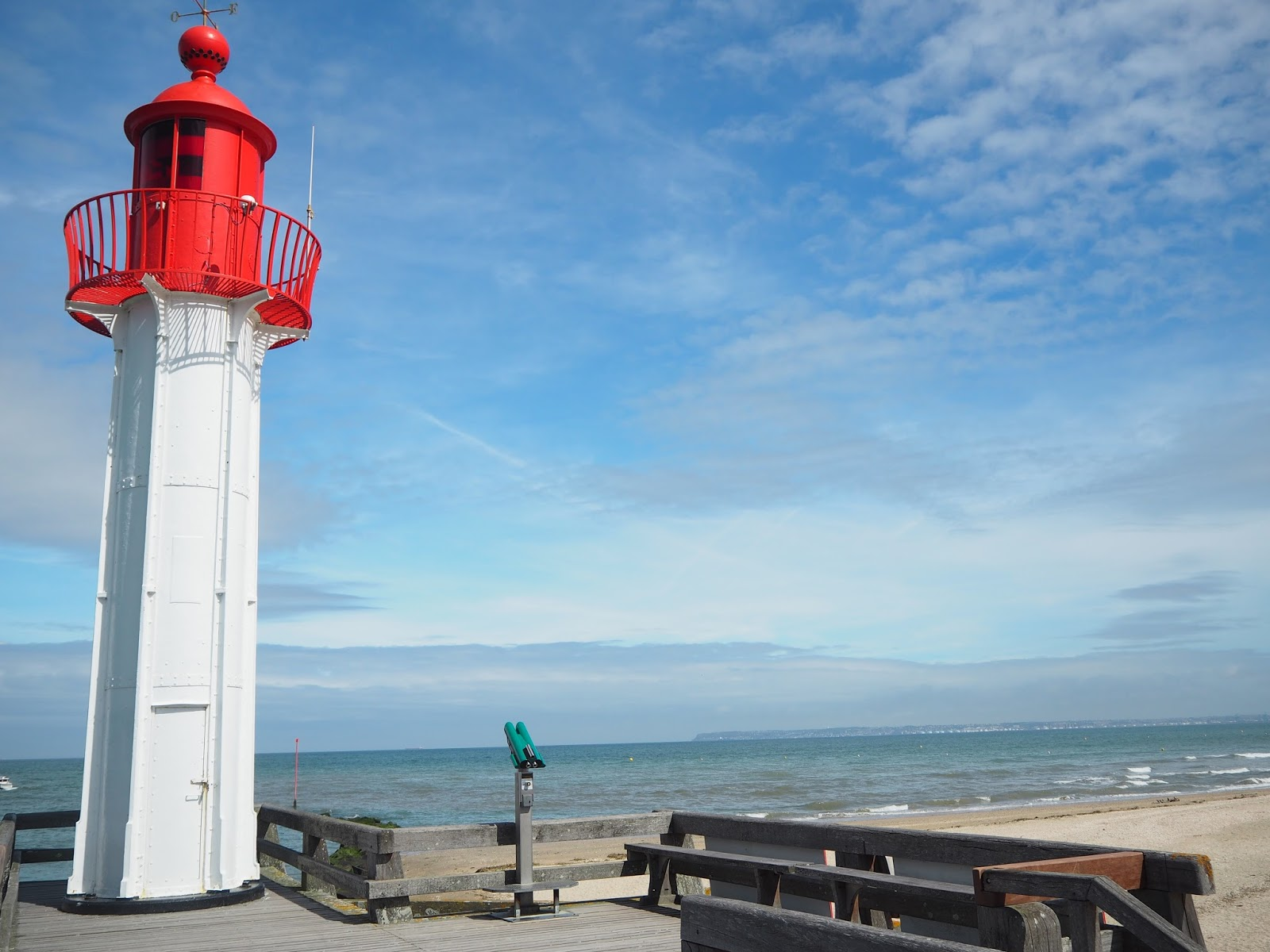 phare trouville normandie