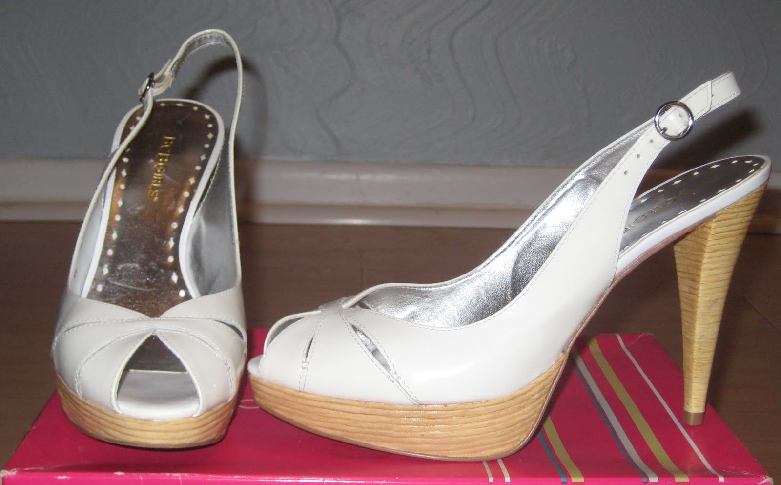 524a27636fa3 Right now I have a few pairs of heels (two pairs of BCBGirls and one  Michael Antonio) up for auction. During the next two weeks or so I will be  adding a ...