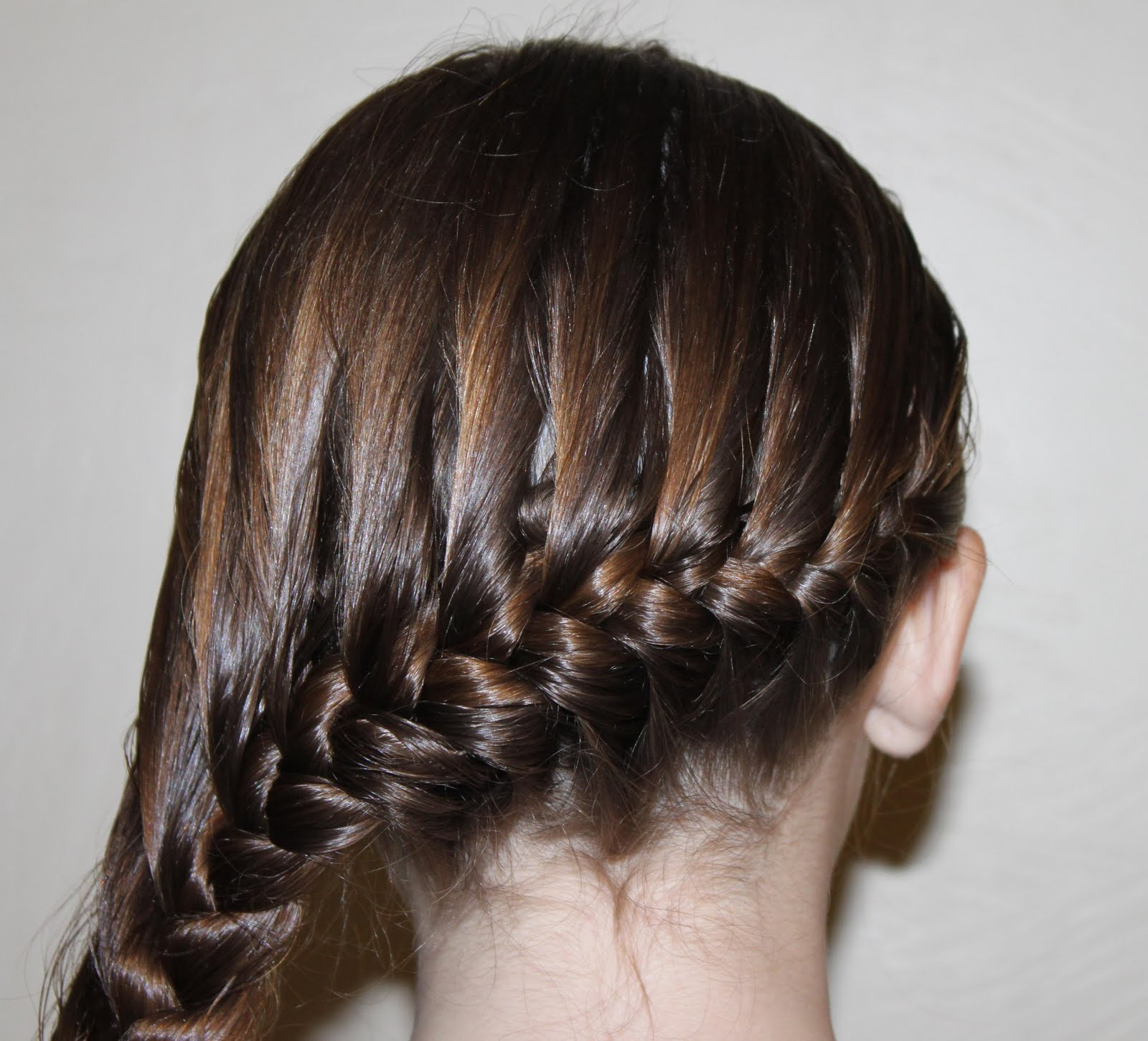 Hairstyles for Girls.. The Wright Hair: Loose Side Braid