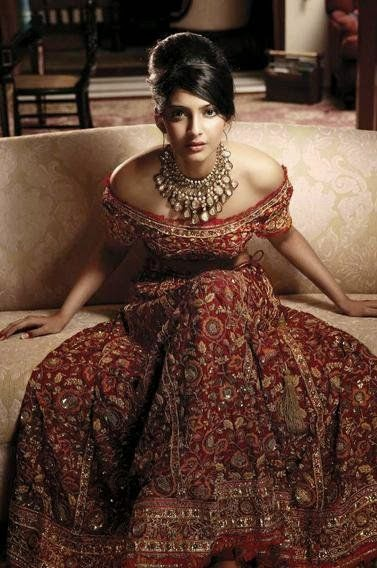 A A I N A - Bridal Beauty and Style: The Bride's Lookbook: Sonam Kapoor in L'Officiel India - October 2007.