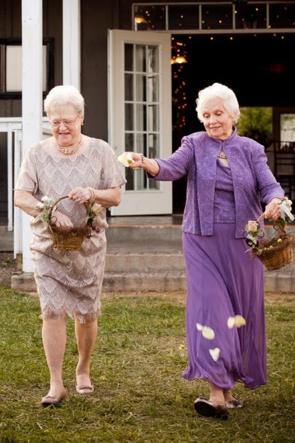 21 Insanely Fun Wedding Ideas - Get your Grandmas to be your flower girls