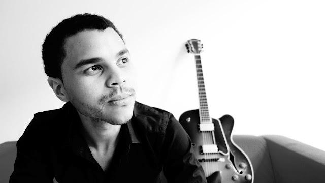Vuma Ian Levin @StanleyBeerYard and @CoronaZA Host The #Busking And #Jazz Sessions #CoronaBuskingSessions
