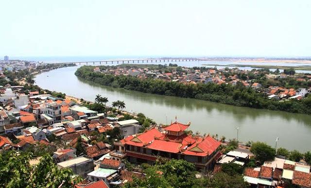 Săn lùng đất tỉnh lẻ nhìn từ Phú Yên