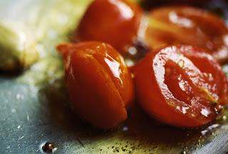 السرطان الوقاية منه تبدأ بالمائدة tomato.jpg
