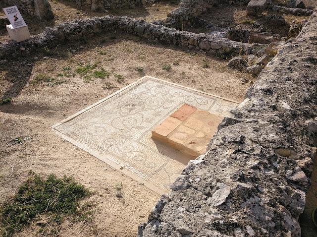 Mosaico en la Casa Triangular de Clunia