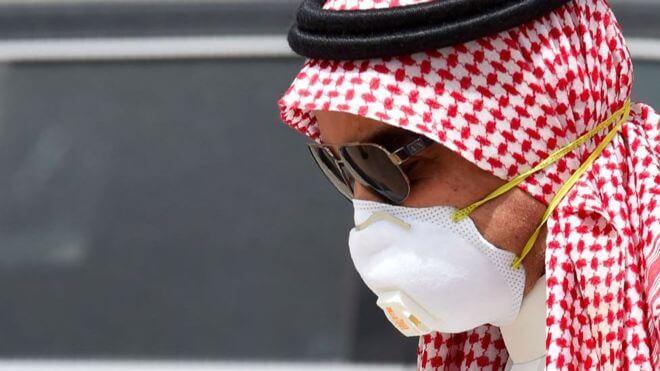 """فيروس-كورونا:-رجال-يتأففون-من-الحجر-وسعوديات-يقلن-""""عشنا-هكذا-حتى-قبل-وصول-كورونا"""""""