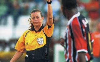arbitros-futbol-silvia-regina