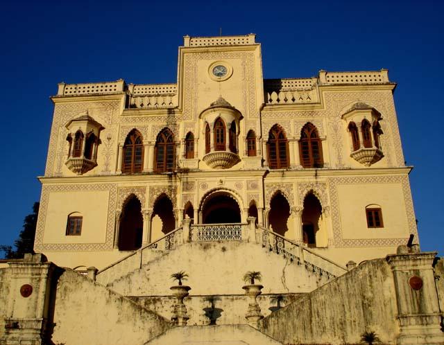 palace maharaja tehri-garhwal rishikesh shivalik mountains
