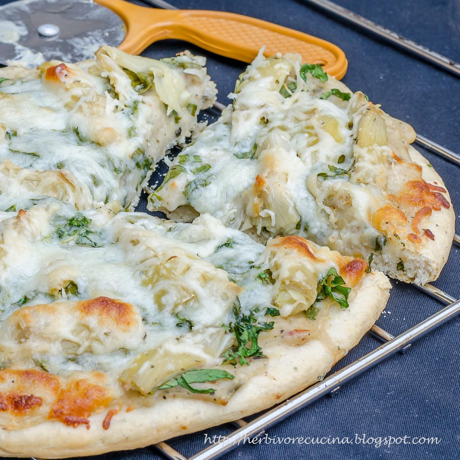 Spinach Artichoke Pizza: Herbivore Cucina: Spinach Artichoke Pizza