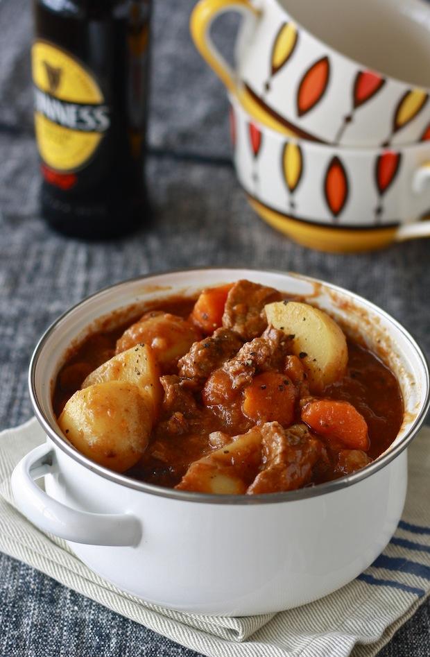 Guinness Irish Beef Stew recipe by SeasonWithSpice.com