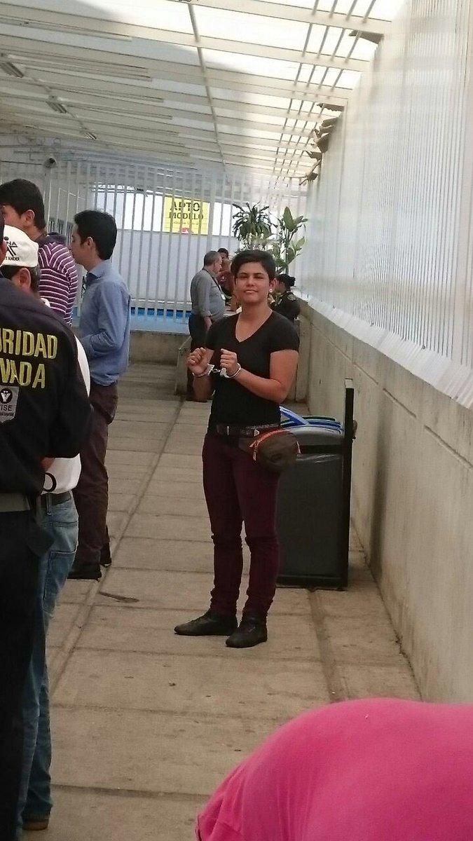 Policía retiene y acusa arbitrariamente a líder social del SENA y compañera de @RadioChecheres Anabel Arias