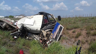 Acidente na BR-135 deixa uma mulher morta e o marido gravemente ferido