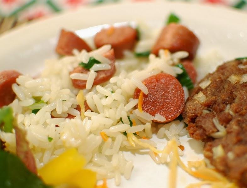 Arroz com Salsicha (vegana)