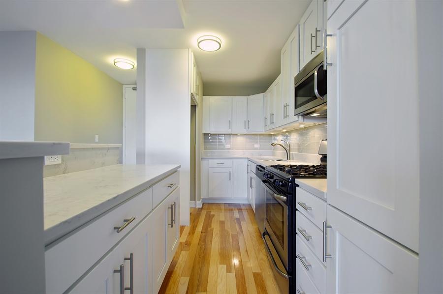 Clean Kitchen Floor With Baking Soda And Vinegar