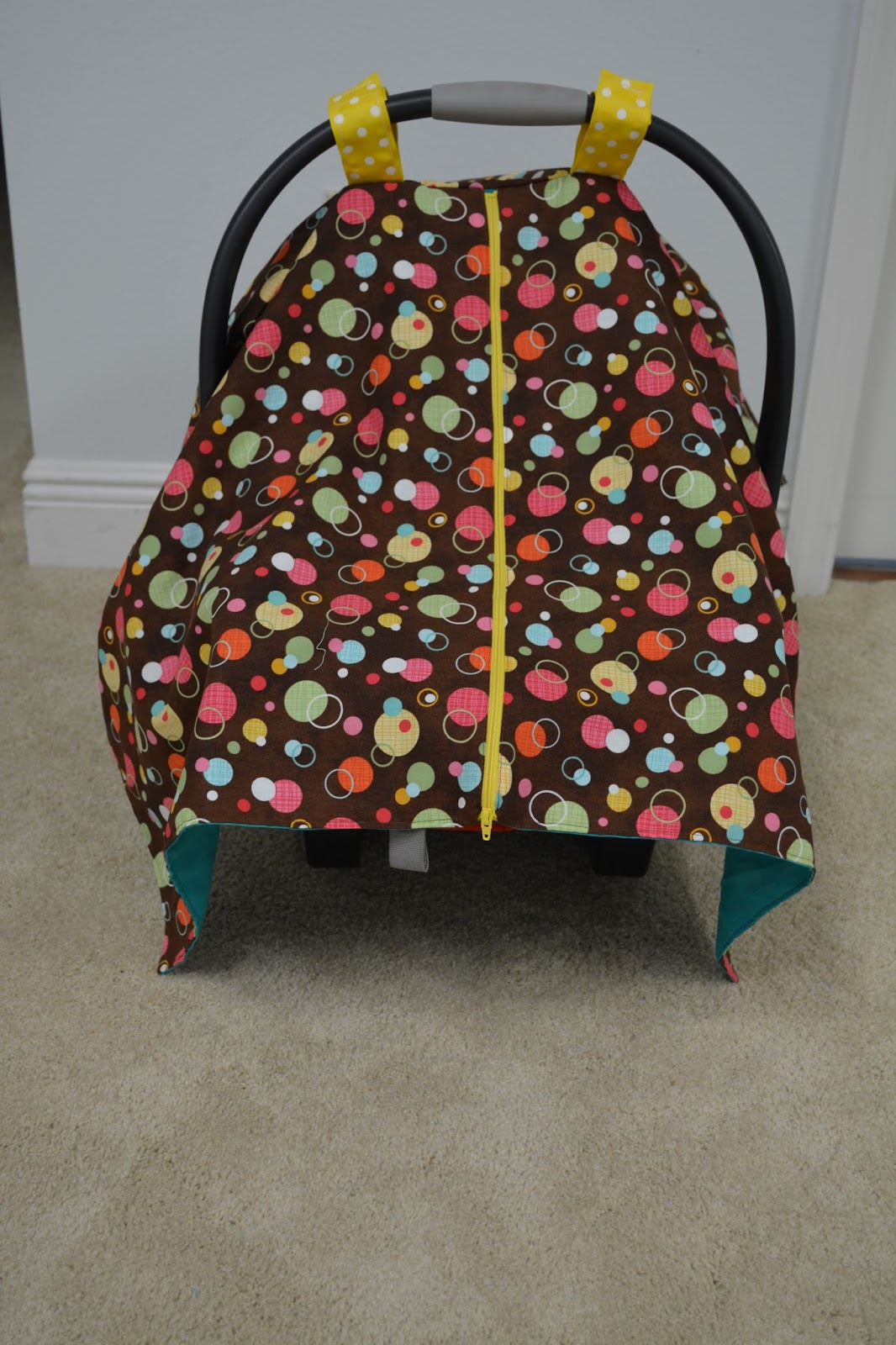 Naturally Crafty Mom Zippered Car Seat Canopy Tutorial