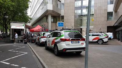 http://www.express.de/duesseldorf/tour-de-france-welcher-star-wohnt-wo---27883582