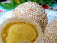 Resep Kreasi Kue Onde - Onde isi Telur