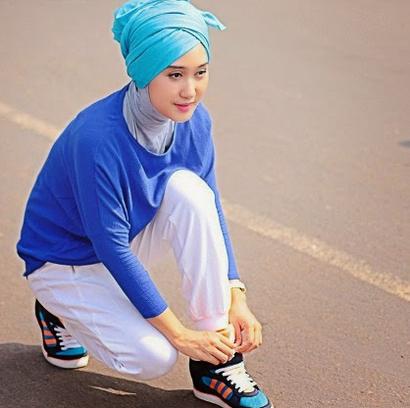 Tips Berbusana Olahraga Untuk Hijabers Metropolis Style