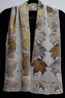 https://www.etsy.com/listing/262999476/eco-print-silk-scarf-30-botanical-print?ref=hp_rv