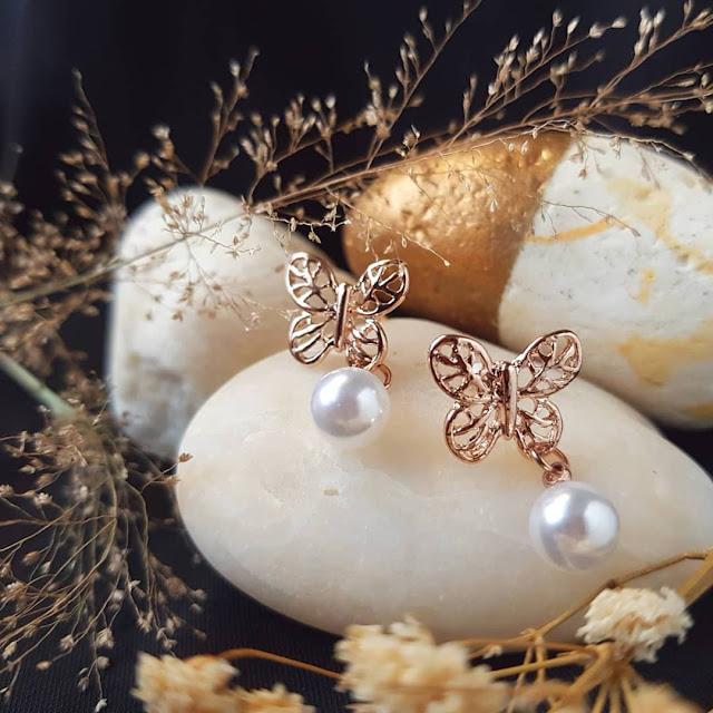 Dijual Anting Mozaik kupu-Kupu Dipadukan dengan Mutiara yang Elegan, Cocok untuk Mewujudkan Impian Setiap Gadis