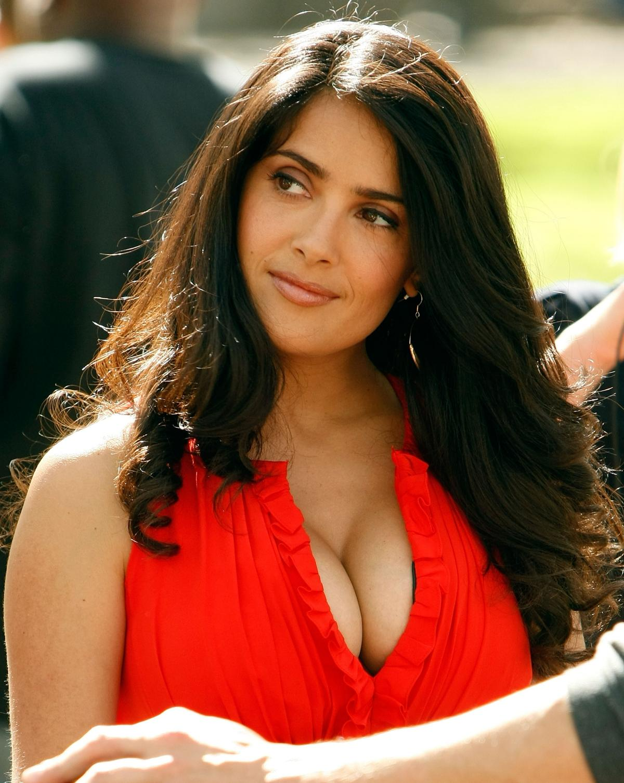 Salma Hayek: Salma Hayek breast pics