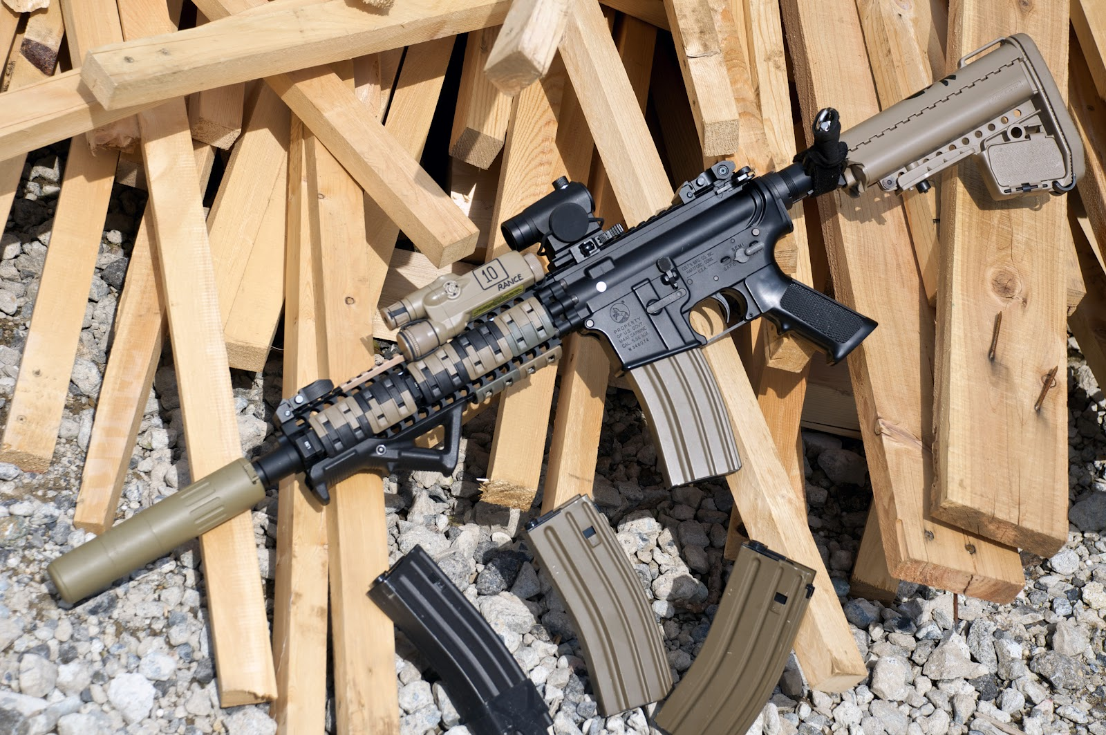 Wired C.A.T.S.: Magpul-inspired RECCE Rifle
