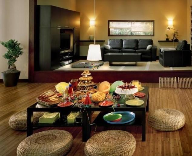 Desain Ruang Tamu Lesehan Lebih Lega dan Irit 11 Lesehan Kayu dan Ruang Makan