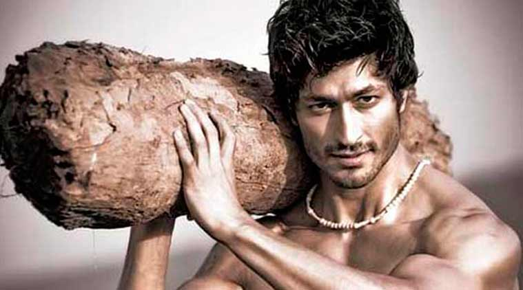 Commando 2 Wallpaper: Commando 2 Movie First Look, Images, Poster & HD