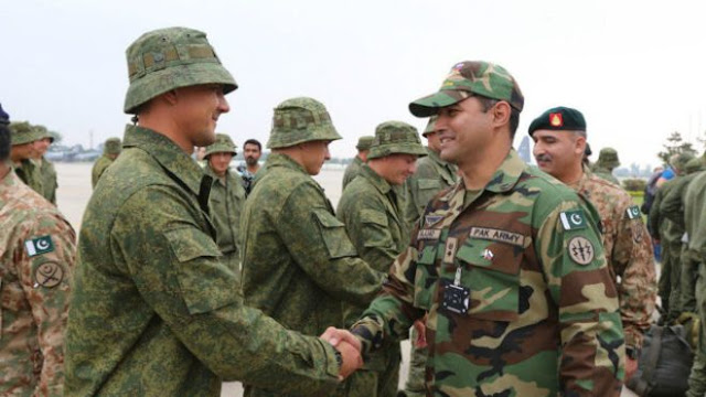 Russian-and-Pakistan-army-2016