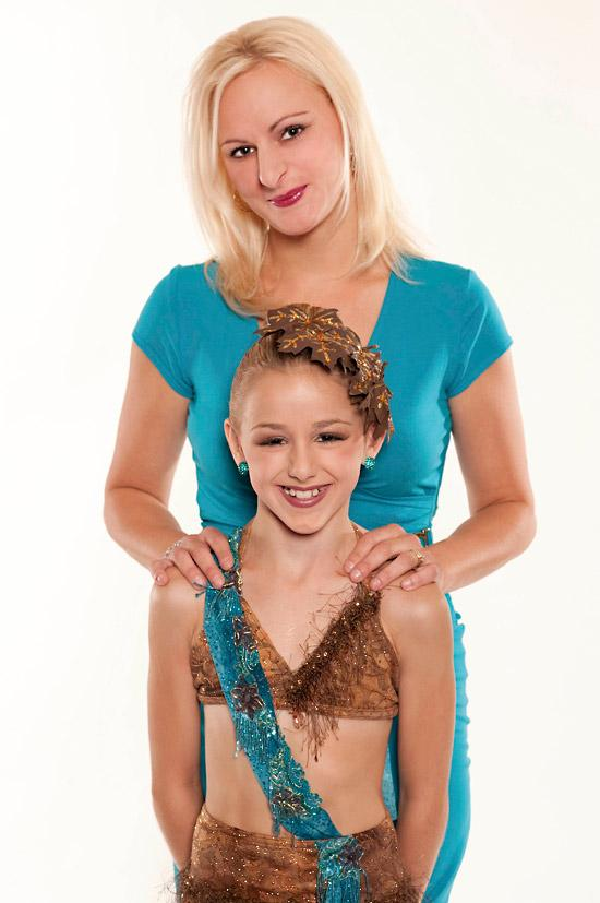Chloe Lukasiak Back On Dance Moms Season 7 The Art Of Mike Mignola