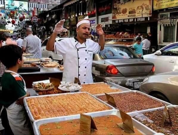 أجواء رمضانية بنكهات مختلفة في خمسة دول عربية