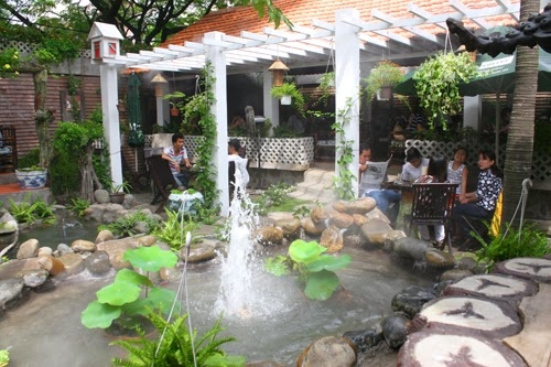 Trang trí quán cafe sân vườn đẹp