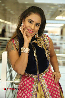 Telugu Actress Sri Reddy Mallidi Stills in White Beautiful Dress at Marriage Needs Bridal Fashion Week 2017 Logo Launch  0134.JPG