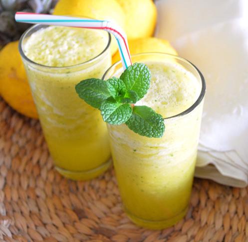 Resultado de imagem para suco de abacaxi com limão