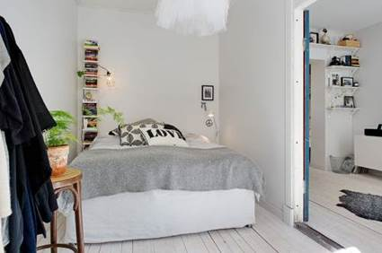 Tips of Decorating Small Bedrooms To Make Bigger 6