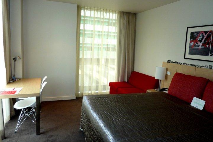 Travelodge Docklands Room Service Menu