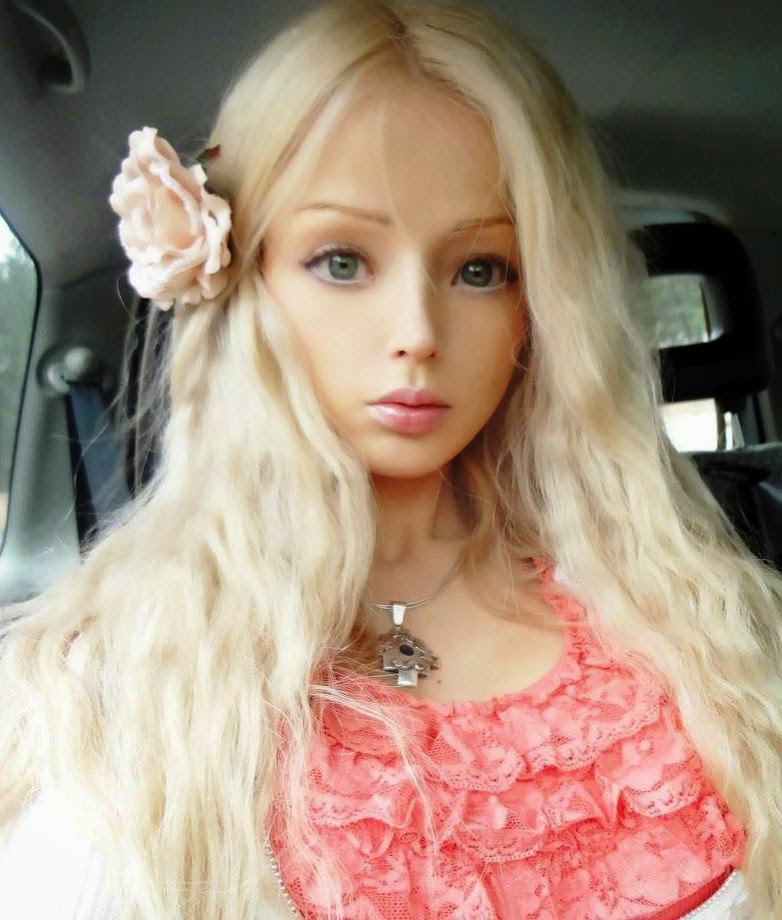 Photo And Biography: Valeria Lukyanova