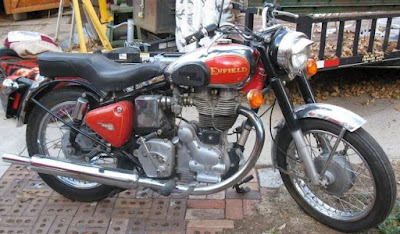 1999 Royal Enfield Bullet Deluxe.