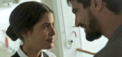 Laila (Julia Dalavia) e Jamil (Renato Góes) em cena da novela das seis da Globo, Órfãos da Terra