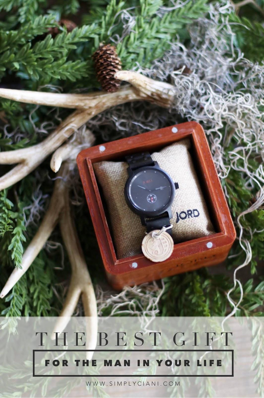 http://www.woodwatches.com/#jenniferciani