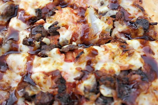 Papa John's BBQ Beef Brisket Pizza - Review